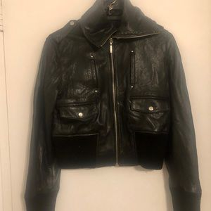 Jackets & Blazers - Women's Chic Black Cropped Leather Biker Jacket